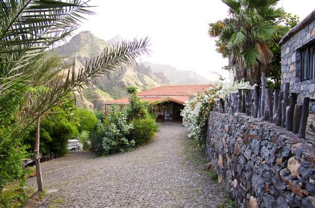 Entrada Hotel Pedrasin
