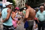 Junto à rua Raul Pompéia, a poucos metros da praia de Copacabana