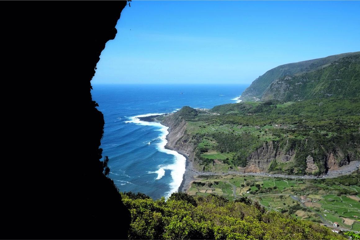 Ilha das Flores - Miradouro do Portal - Fajãzinha