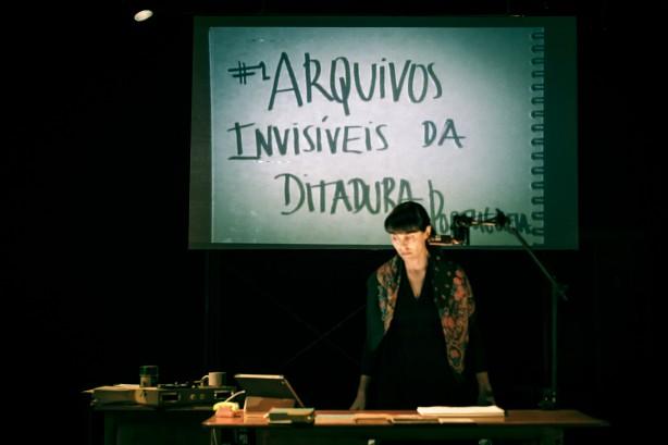 Joana Craveiro em Um Museu Vivo de Memórias Pequenas e esquecidas (fotografia João Tuna)